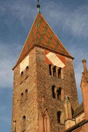 Tour romane de l'ancienne abbatiale de WISSEMBOURG